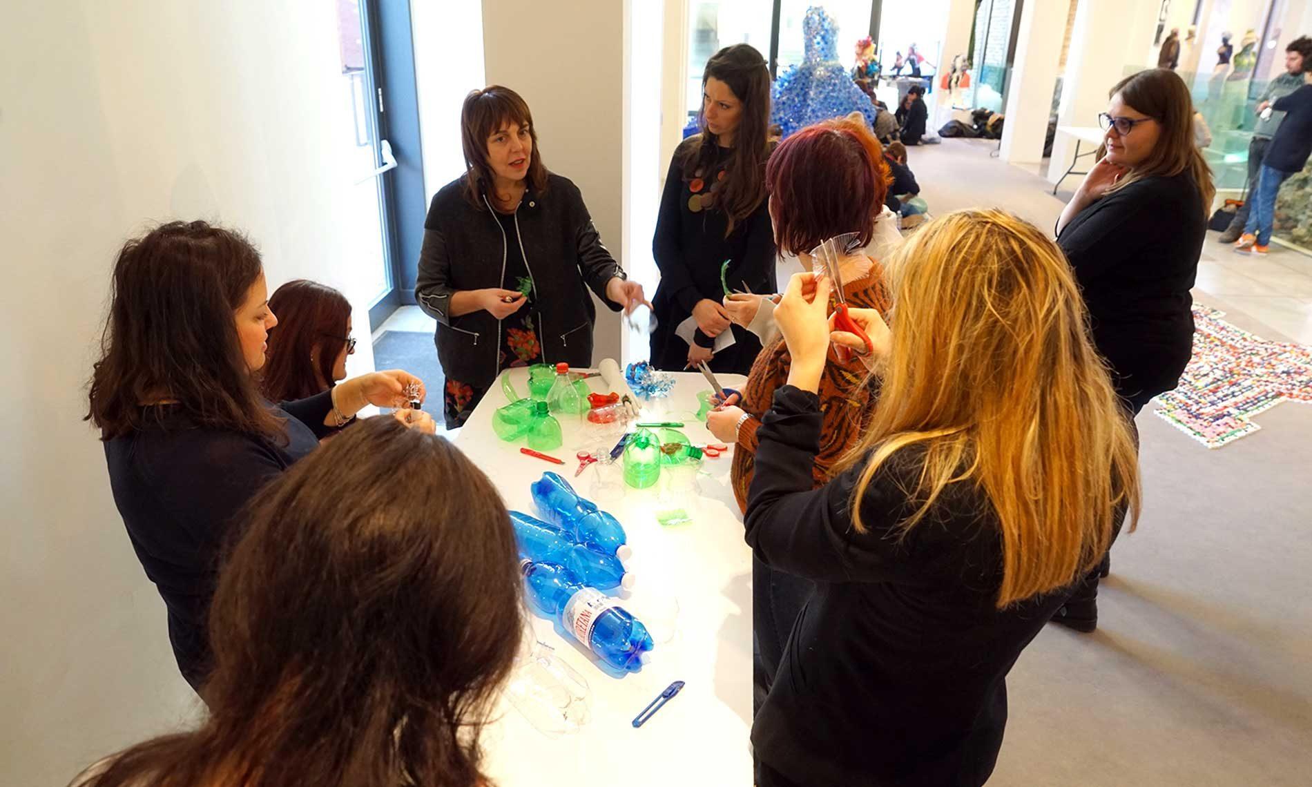 Workshop con l'artista Enrica Borghi, operatori socio sanitari e insegnanti - Castello di Novara