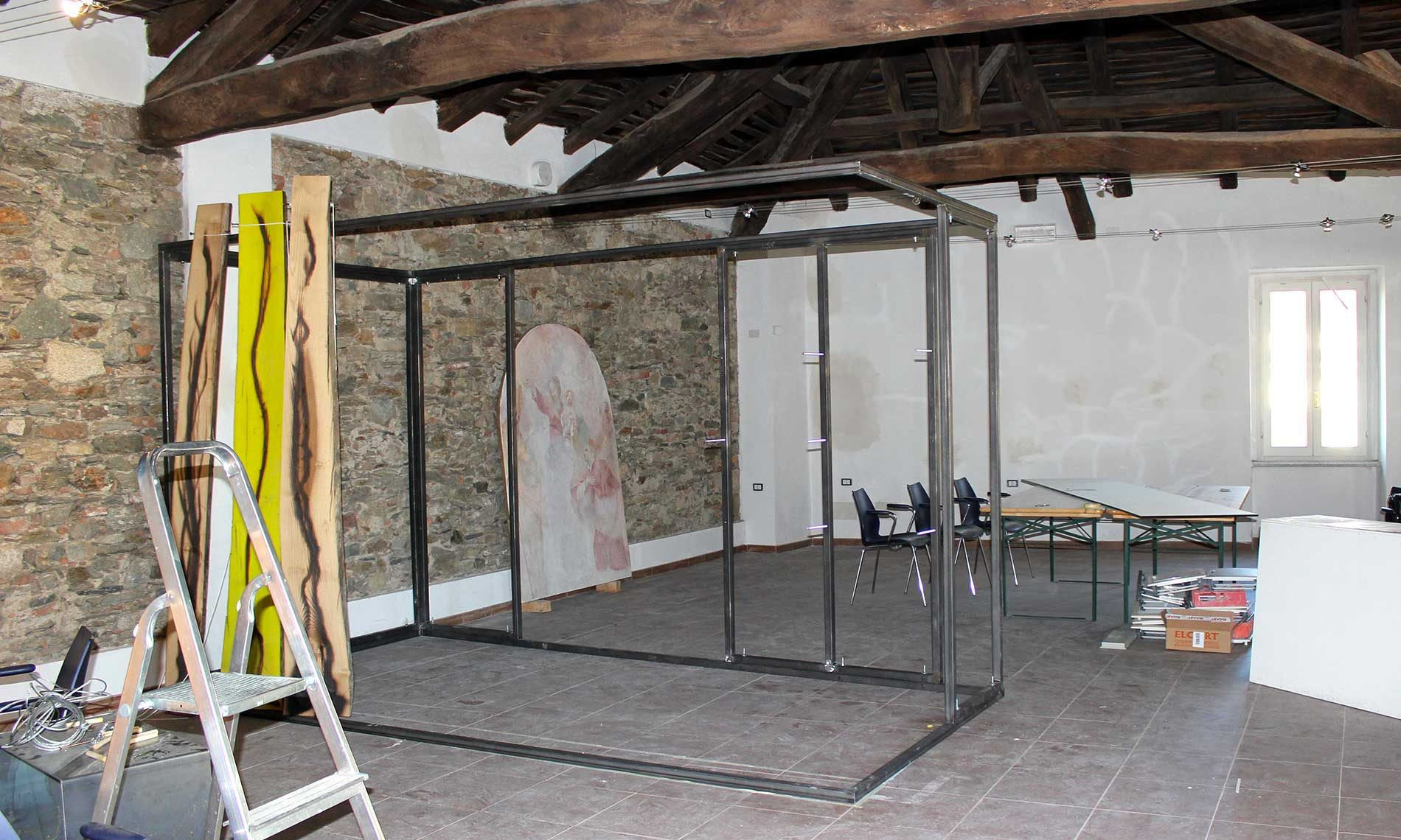Cantiere della ristrutturazione del Museo Tornielli